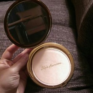 Other - VINTAGE Gold Style Compact